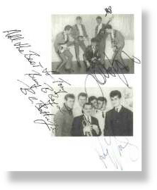 El Riot & The Rebels Autographs - Ray Thomas, John Lodge & Bryan Betteridge